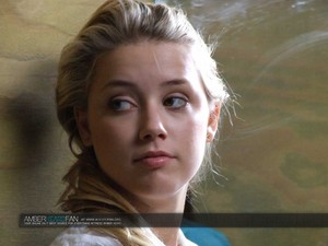 Amber Heard in All the Boys upendo Mandy Lane