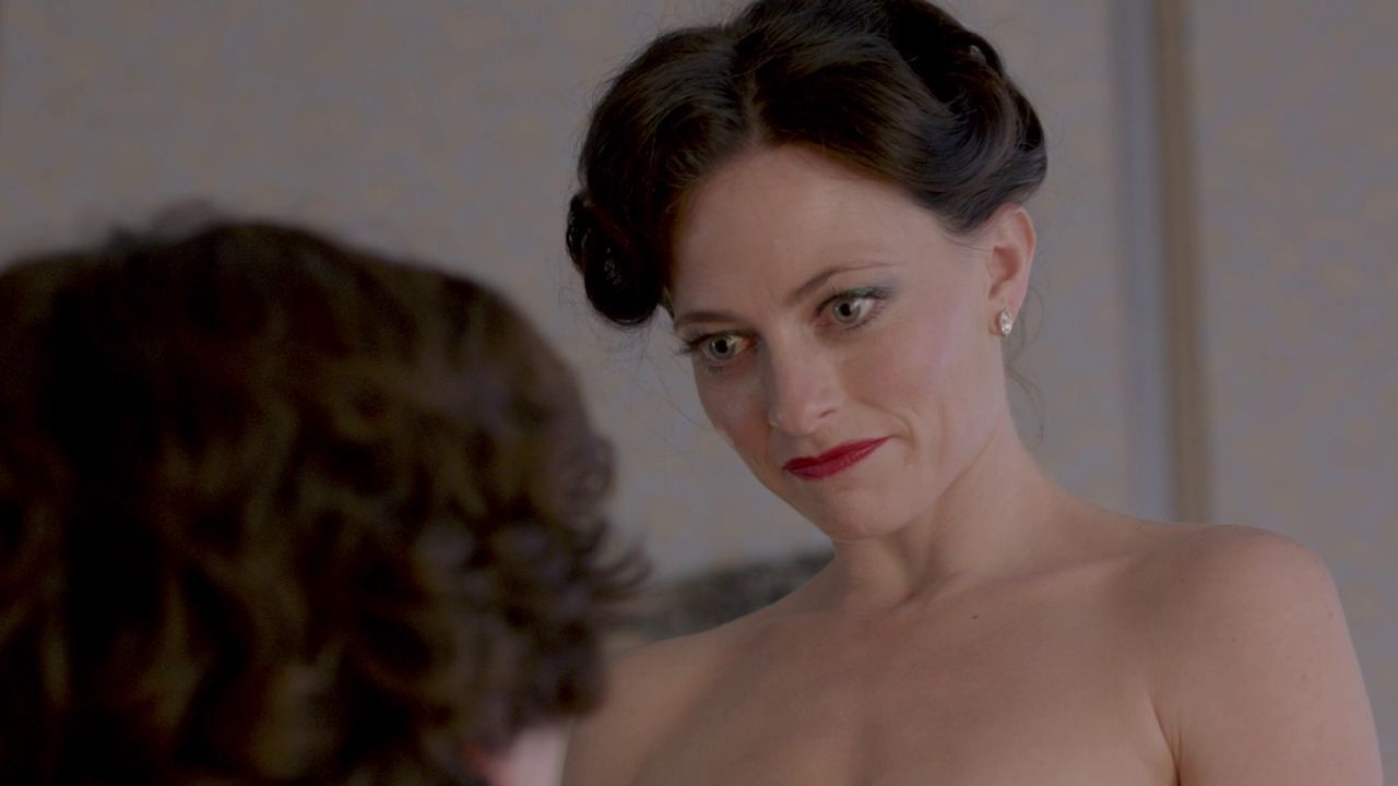 lara pulver irene adler hot girls wallpaper. Black Bedroom Furniture Sets. Home Design Ideas