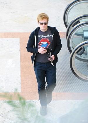 Josh Shopping in Studio City (1/11/2014)
