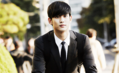 Kim SooHyun wallpaper containing a business suit, a suit, and a well dressed person titled Do Min Joon/Kim Soo Hyun