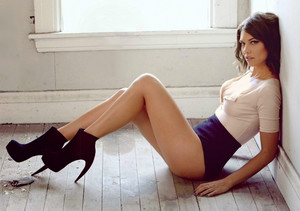 Lauren Cohan Maxim wallpaper