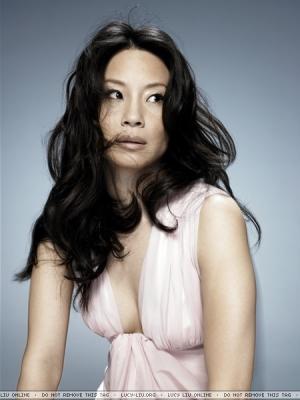 루시 루 바탕화면 with a portrait called Lucy Liu Photoshoot