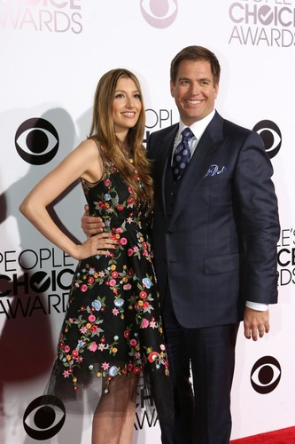 Michael Weatherly wallpaper containing a business suit called People Choice Awards 2013