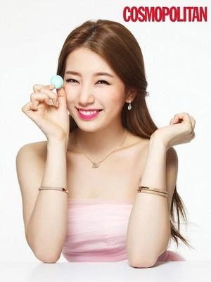 Suzy 'Cosmopolitan'