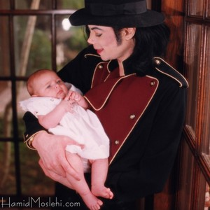 Michael And Baby Paris Back In 1998