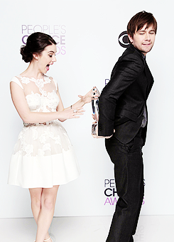 """Reign won as """"Fave New Tv Drama"""" @ the PCA"""