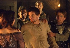 Reign Episode 1.09 - For King and Country - Promotional 사진