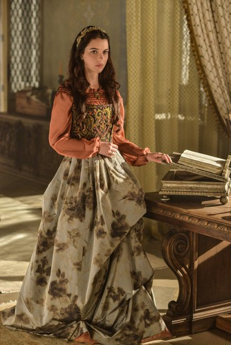 Reign [TV Show] Обои called Reign - 1x11 - HQ promotional фото