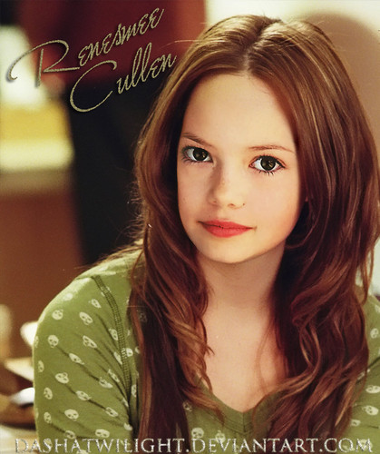 renesmee carlie cullen wallpaper containing a portrait called renesmee