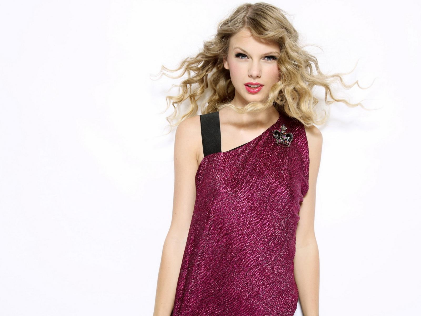 Taylor Swift Pictures club images taylor swift cute♥ HD wallpaper and background photos (36464933)