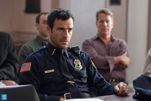 The Leftovers [HBO] 壁紙 with a green beret, 戦闘服, バトルドレス, regimentals, and 連隊 entitled The Leftovers - New Promotional 写真