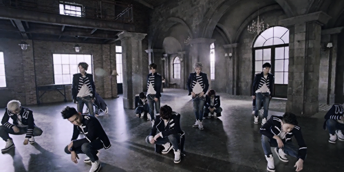 Topp Dogg fondo de pantalla probably containing a calle titled ♣ TOPP DOGG - Open The Door MV Teaser ♣