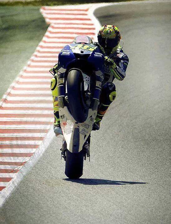 valentino rossi ndash wheelie - photo #11