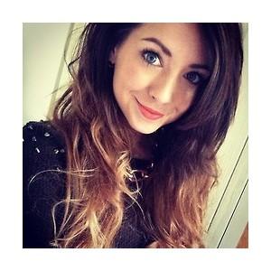 Zoe doing a selfie for instagram??
