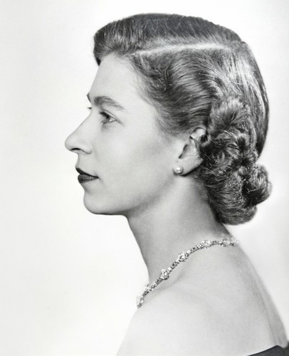 Queen Elizabeth II wallpaper probably containing a bouquet and a portrait titled queen elizabeth ii