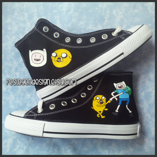 Adventure Time With Finn and Jake wolpeyper possibly with a dagger called Finn and Jake Painted Shoes / Adventure Time / Custom Converse