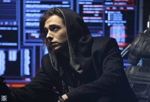 Almost Human - Episode 1.11 - Disrupt - Promotional Fotos