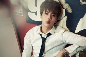 "BTS Jin ""Skool Luv Affair""!"