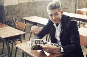 "বাংট্যান বয়েজ Rap Monster ""Skool Luv Affair""!"