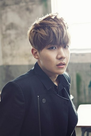 "防弹少年团 J-Hope ""Skool Luv Affair""!"