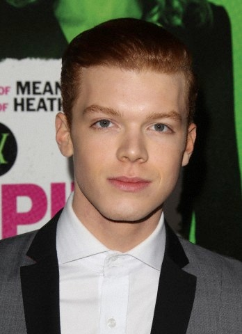 Cameron Monaghan kertas dinding probably containing a business suit titled Cameron at Vampire Academy premiere