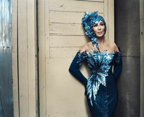 Cher fondo de pantalla probably with a cena dress, a cóctel, coctel dress, and a vestido called The queen of pop