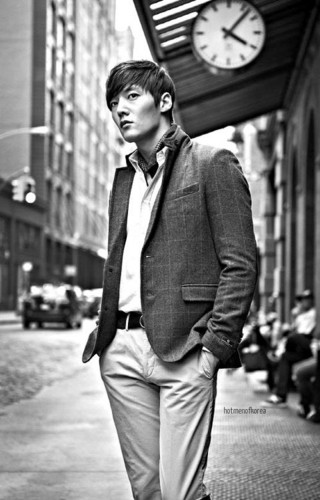 Choi Jin Hyuk achtergrond with a business suit and a suit titled Choi Jin Hyuk