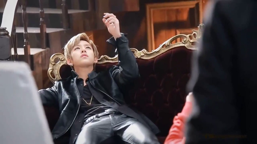 Daehyun Hintergrund probably containing a business suit called Daehyun - 1004(Angel) M/V