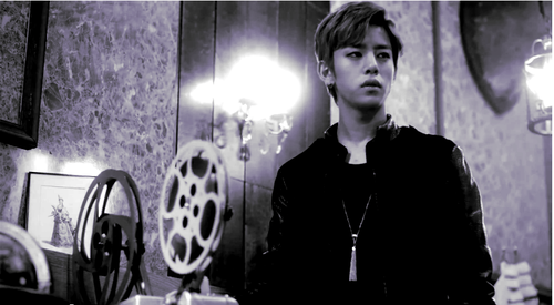 Daehyun Hintergrund probably with a business suit called Daehyun - 1004(Angel) M/V
