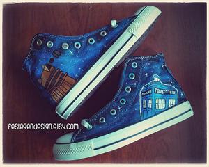 Doctor Who Custom 匡威 / Tardis