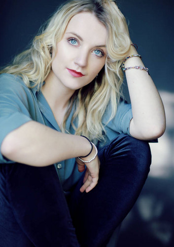 Evanna Lynch fondo de pantalla entitled Faye Thomas Photoshoot
