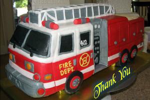 आग Truck Cake
