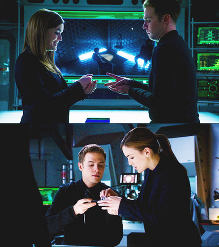 FitzSimmons wallpaper possibly with a sign titled 【fitzsimmons screencaps - 1x11】