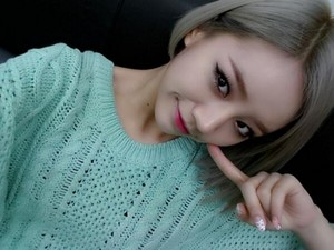 Girl's Day's Hyeri selca