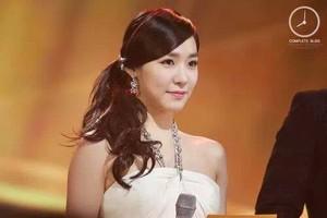 SNSD Tiffany 音楽 Award