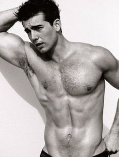 acteurs les plus canons fond d'écran containing a six pack and a gros morceau, hunk entitled John Deluca Shirtless