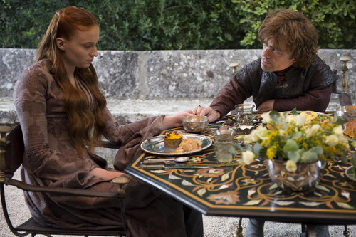 House Lannister wolpeyper with a holiday hapunan entitled tyrion and sansa