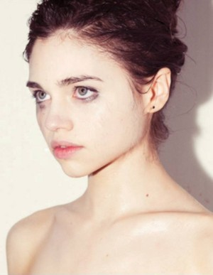 India Eisley new photoshoot par Tyler Shields