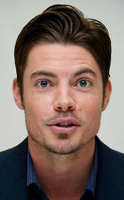 Josh Henderson wallpaper possibly with a business suit and a portrait called Josh Henderson
