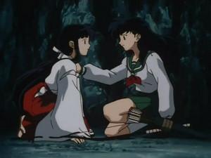 桔梗とかごめ [Kikyo and Kagome]