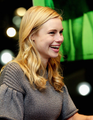 Lucy Fry signing for VA