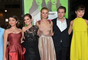 Lucy with the cast at Vampire Academy premiere