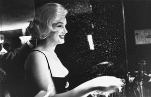 Marilyn Monroe photographed sa pamamagitan ng Earl Gustie, 1959.