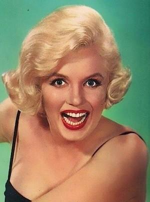Marilyn Monroe photographed によって Earl Gustie, 1959.