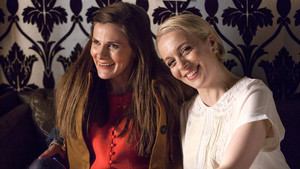 Amanda and Louise - Behind The Scenes