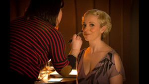 Amanda Abbington - Behind The Scenes