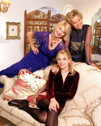 Мелисса Джоан Харт Обои containing a bedroom, a boudoir, and a bedroom furniture entitled Sabrina the Teenage Witch