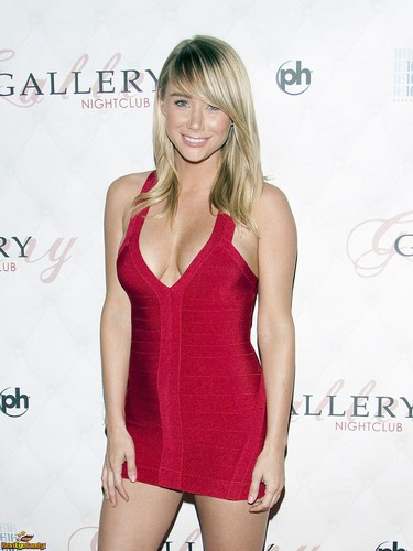 Sara Jean Underwood پیپر وال possibly with a maillot, a leotard, and a bustier, بسٹیر titled Sara Jean<3