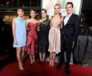 Sarah with the cast at Vampire Academy premiere