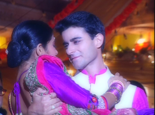 Saraswatichandra (la serie tv) wallpaper possibly with a bridesmaid, a mantilla, and a portrait titled samud sangeeth